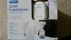 REDUCED The First Years Quiet Expressions Double Portable Breast Pump NEW IN PKG in Sandwich, Illinois