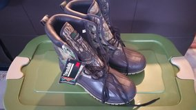 Hunting and fishing boot (NEW) in Ramstein, Germany