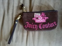 Excellent Condition! Juicy Couture Brown Wristlet in Fort Campbell, Kentucky