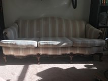 Antique Camelback Sofa Couch in bookoo, US