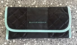 *REDUCED* NEW BEAUTYCONTROL Make Up Brush Pouch/ Travel Holder in Okinawa, Japan