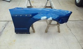 2005 Ford Mustang RIGHT Front Fender Blue Metallic Dents in Bartlett, Illinois