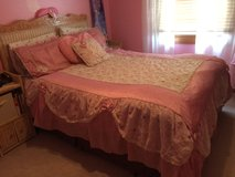 Girl bedding queen size in Naperville, Illinois