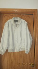 Mens Spring Jacket in Westmont, Illinois