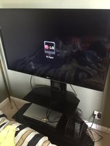 46 inch LG TV w/ Stand in Travis AFB, California