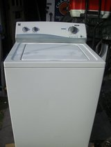 Kenmore 3.4 cu. ft. Top-Load Washing Machine - White in Fort Campbell, Kentucky