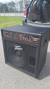 Peavey Combo 115 Bass Amp. in Fort Rucker, Alabama