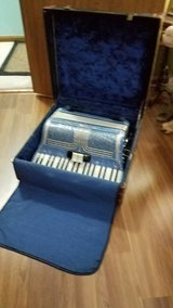 vintage accordion in Bartlett, Illinois