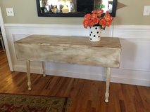 Drop Leaf Table in Bartlett, Illinois