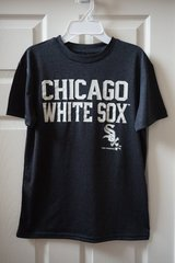 Boys Chicago White Sox Dry Fit T-Shirt Size M 10/12 in Bolingbrook, Illinois