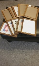 Box of 40 Picture frames in Fort Benning, Georgia
