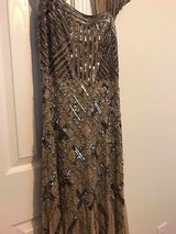 Adrianna Papell Gown Size 10 in Camp Lejeune, North Carolina