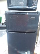 Fridge Freezer microwave combo Hi Quality - $75 in Oceanside, California
