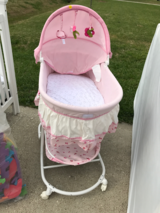 Baby Bassinet Good Condition in Baytown, Texas