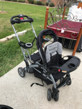 Stroller that holds 3 kids! 2 sitting and 1 standing! Great condition! in Baytown, Texas