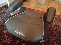 Graco Kids Booster Seat-Excellent Cond in Ramstein, Germany