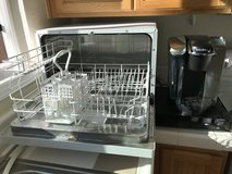 Countertop portable dishwasher in Fairfield, California