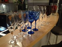 4 sets of crystal glasses in Grafenwoehr, GE