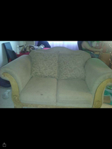 Cheap couch in Fort Irwin, California