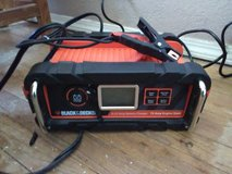 Black & Decker 12v 25amps car battery charger and jump starter in Alamogordo, New Mexico