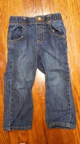#27 Girls Size 2T Old Navy Jeans in Fort Benning, Georgia
