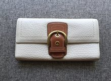 Authentic COACH Large Trifold Pebbled Leather Wallet in Okinawa, Japan