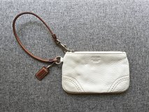 COACH Pebbled Leather Wristlet - Like NEW!!! in Okinawa, Japan