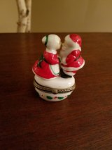 Mr. & Mrs. Claus hinged trinket box in Naperville, Illinois