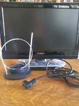 "TV HD/DVD Combo, 19"" Insignia (Never used) in bookoo, US"