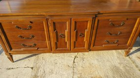 Thomasville solid wood dresser in Perry, Georgia
