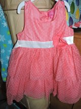 4T (Easter) dresses in Ramstein, Germany