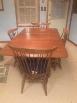 Wood table and 4 chairs in Dickson, Tennessee