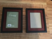 Picture Frames 5x7 (Set of 2) in Camp Lejeune, North Carolina