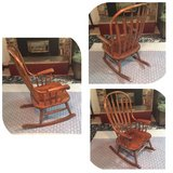 Rocking Chair Wooden Beautiful Like New Condition - Excellent in Olympia, Washington