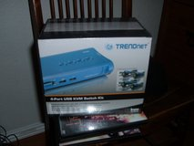 TRENDnet 4-Port USB KVM Switch Kit (Includes 4x KVM Cables) in Sacramento, California