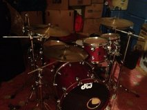 DW Cherry 5 Piece in Vacaville, California