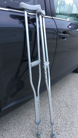 NEW-ALUMNUM CRUTCHES. Excellent condition in Bolingbrook, Illinois
