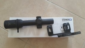 Steiner Px4i 1-4 scope with mount in Lake Elsinore, California