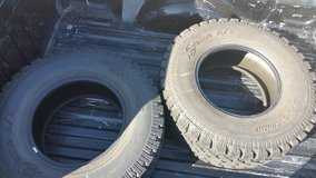 Pro Comp 35x12.5x17r used tires only 2 in Lake Elsinore, California
