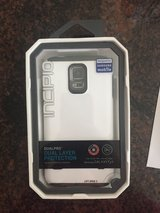 NEW Incipio Dualpro For Gs5 Gray/white case in Houston, Texas