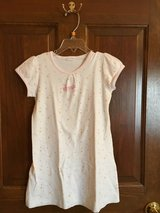 Girls short sleeve night gown with stars Petit Bateau in Naperville, Illinois