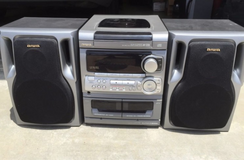 Aiwa  NA-CX303 CD Stereo 3 disc changer removable speakers in Camp Pendleton, California