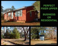 House for sale 4 bedrooms 1 bath 1237sf needs repairs BUSINESS/ RESIDENTIAL in Camp Lejeune, North Carolina