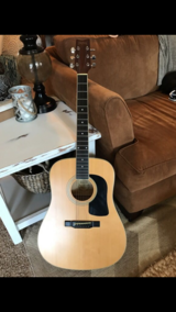Washburn D8 Acoustic Guitar *REDUCED* in Beaufort, South Carolina