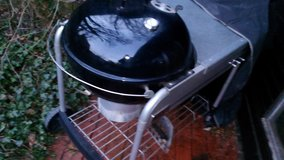 Weber Grill One Touch Performer 57cm Black in Ramstein, Germany