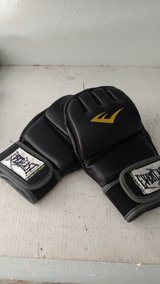 2 pair MMA gloves in Alamogordo, New Mexico