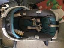 Graco snugride 30 classic connect infant car seat in 29 Palms, California