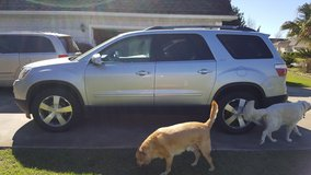 *** 3rd ROW *** '10 GMC ACADIA *** 72k MiLeS,  Leather *** in Hinesville, Georgia