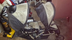 Double stroller in Algonquin, Illinois