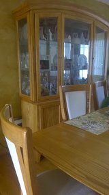 complete dining set, with 8 pc. dishes in Naperville, Illinois